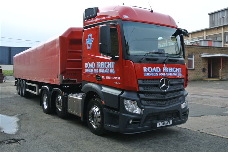 NEW_ACTROS_010